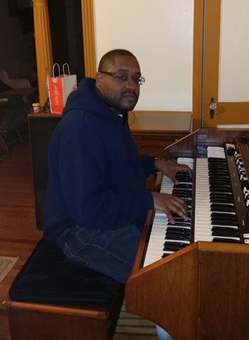 Kevin Lee with his Hammond A105