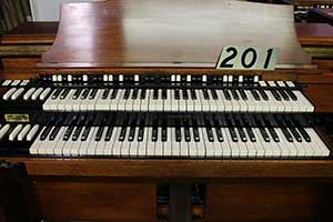 201 - Hammond RT3