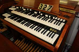 327 - Hammond A-105 for Sale