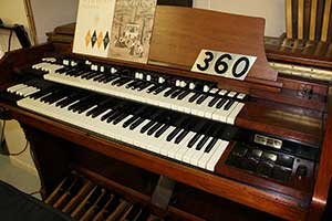 337 - Hammond RT-3