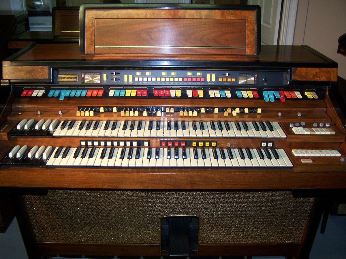 Hammond organs for sale keyboard exchange international for Classic house organ sound