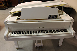 245 - Yamaha Grand Piano Model C5